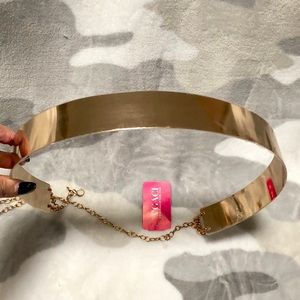 NWT Gold Chain Belt